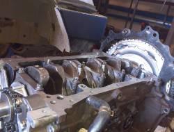 01 Ремонт двигателя Nissan Pathfinder (1)