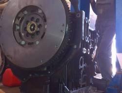 03 Ремонт двигателя Nissan Pathfinder (3)